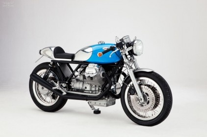 A Le Mans 4 based cafe racer by Kaffeemaschine. Nice attention to details there!