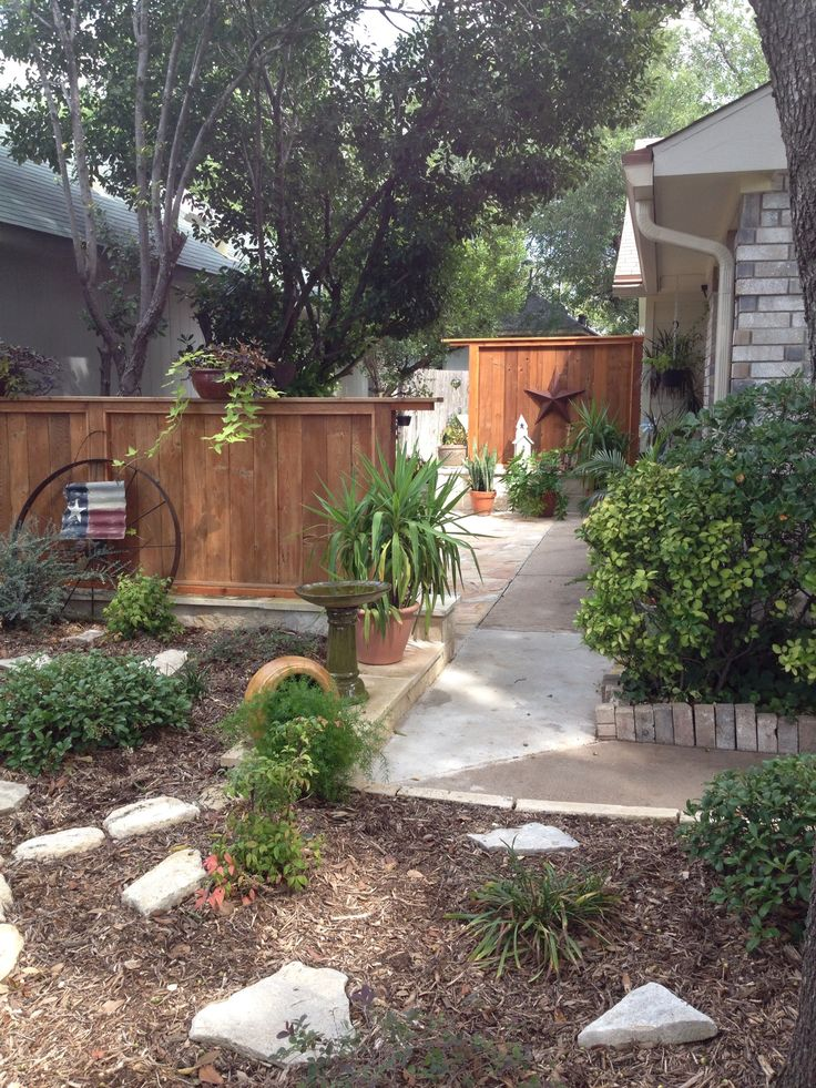 Flower Bed Fencing : Custom flower bed and privacy fence  Landscaping  Pinterest