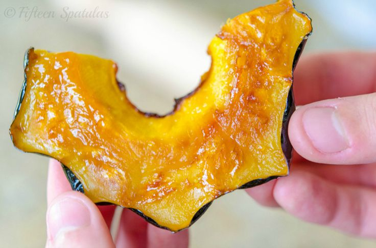 Maple butter roasted acorn squash - my favorite way to eat acorn ...