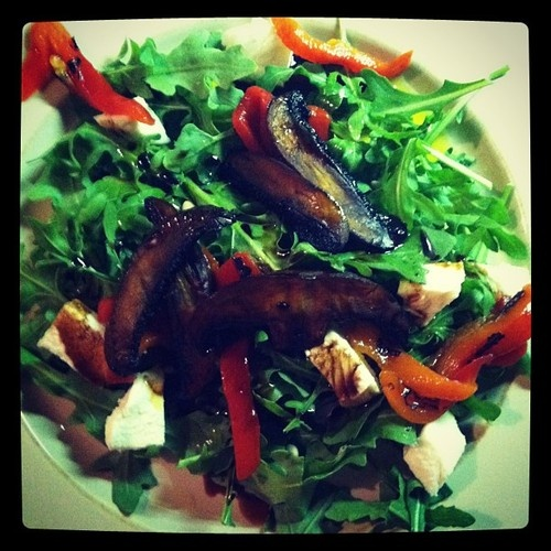 Arugula Salad With Roasted Squash, Currants, And Pine Nuts ...