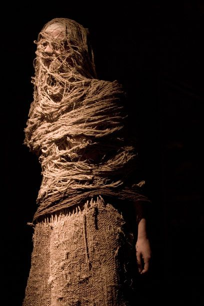 Fashion in Motion: Ma Ke Wuyong - Victoria and Albert Museum