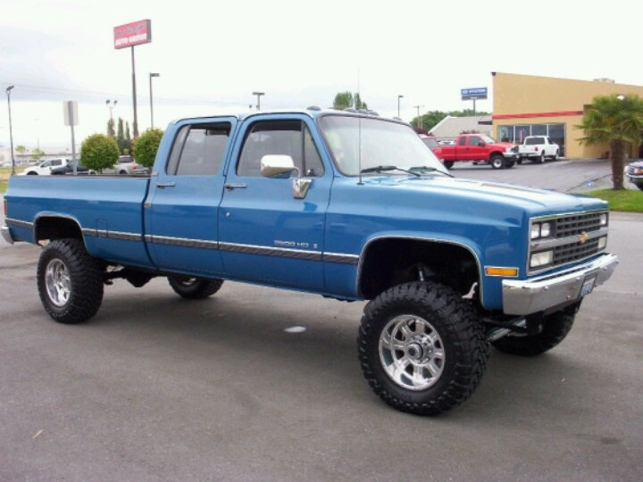 chevy square body crew cab for sale autos post. Black Bedroom Furniture Sets. Home Design Ideas