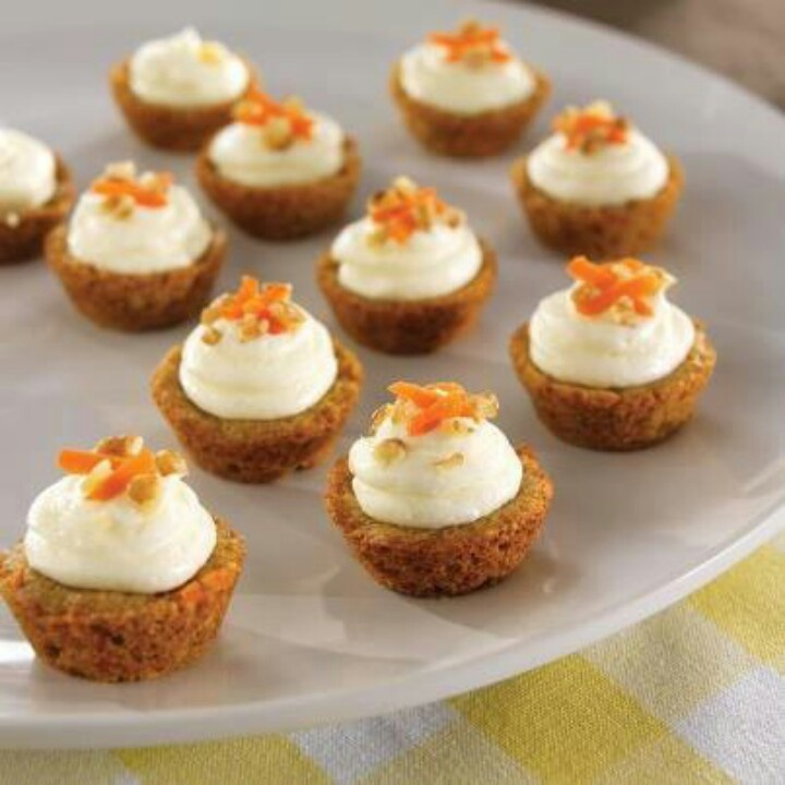 Carrot mini cakes cream cheese frosting | Pampered chef | Pinterest