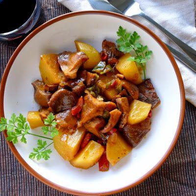Potato and Wild Mushroom Stew (Red pepper, green pepper, onion ...