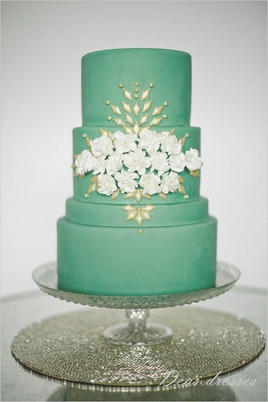 #green #wedding #cake