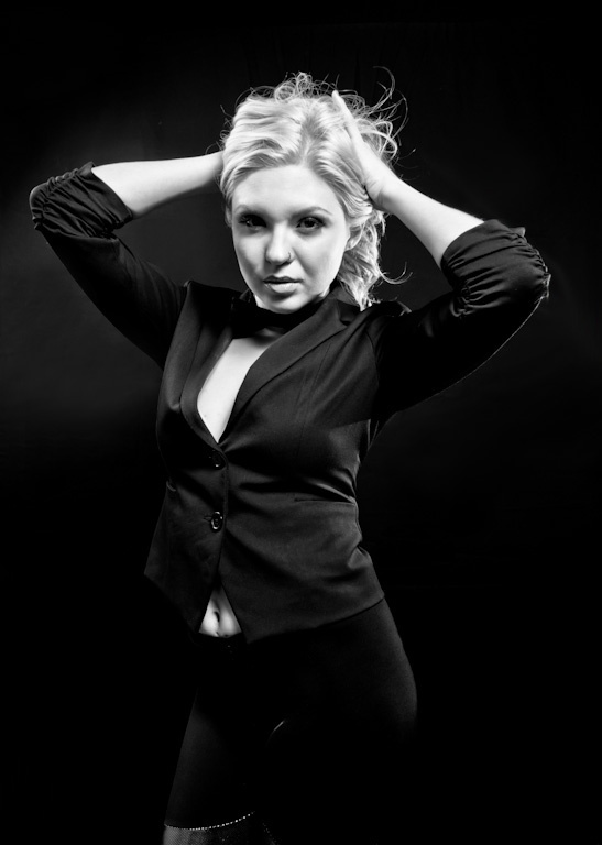 photography - studio | Portrait Photography | Pinterest: pinterest.com/pin/408983209880892190