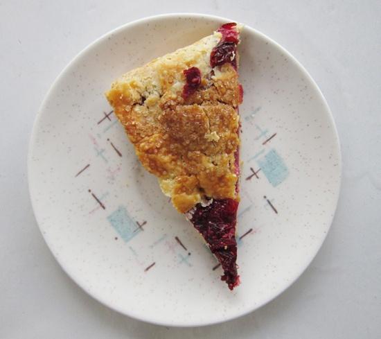 Oh Hi, Pie: Rhubarb and Raspberry Crostata