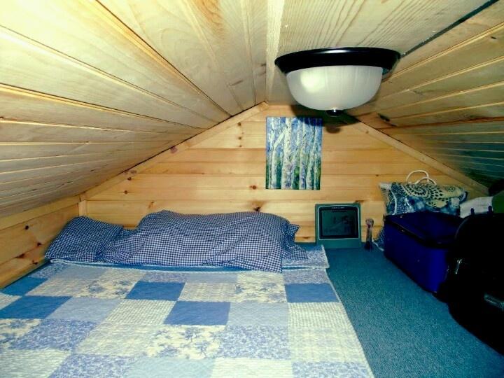Tiny towable house sleeping loft Tiny Homes Pinterest