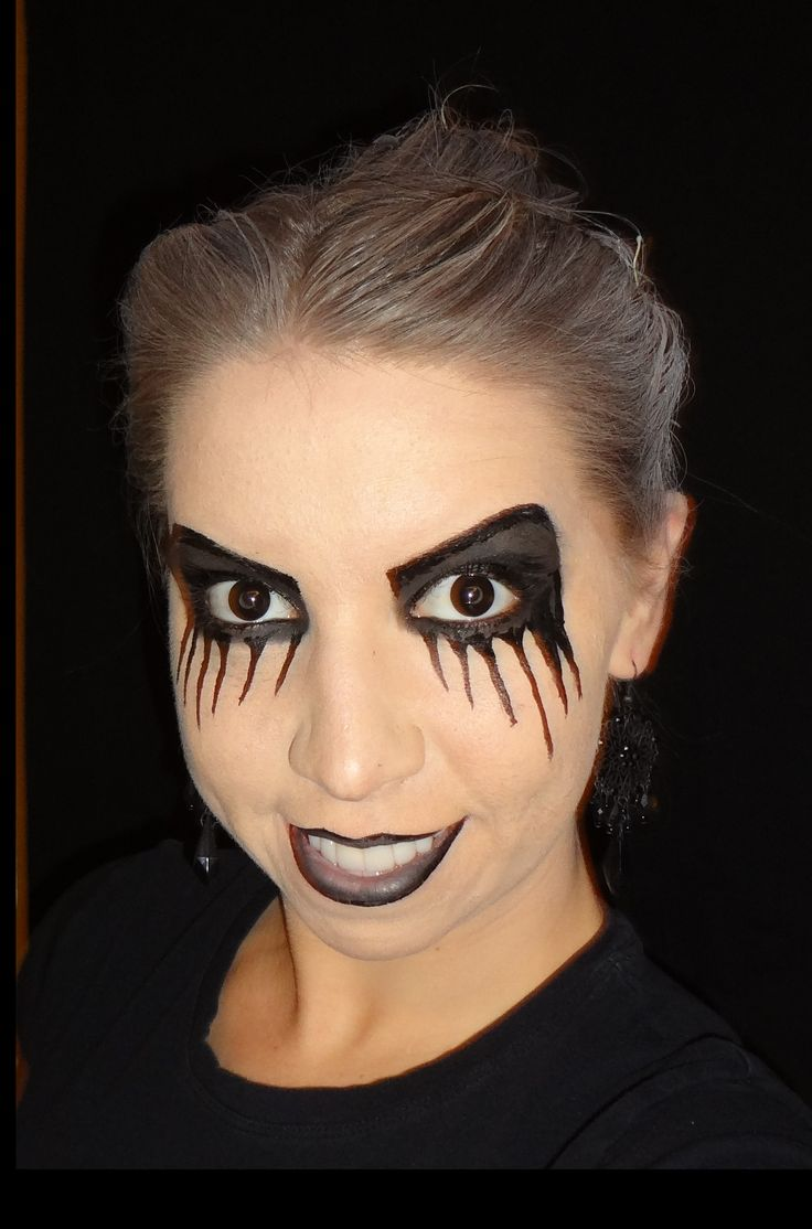 Halloween makeup - black eyes, sinister