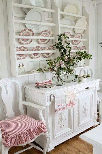 Vaisselier shabby  Romantique vintage style  Pinterest