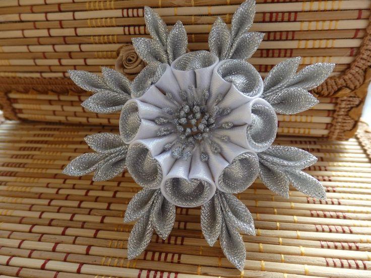 Декоративные цветы для венков своими руками