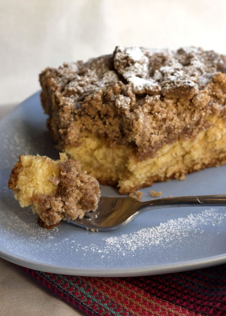NJ Crumb Coffee Cake - Erren's Kitchen - A moist and delicious cake ...