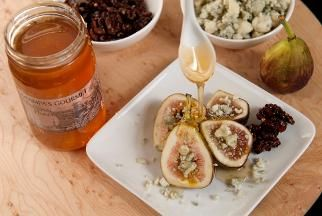 Fresh Figs with Blue Cheese and Honey! from Door to Door Organics