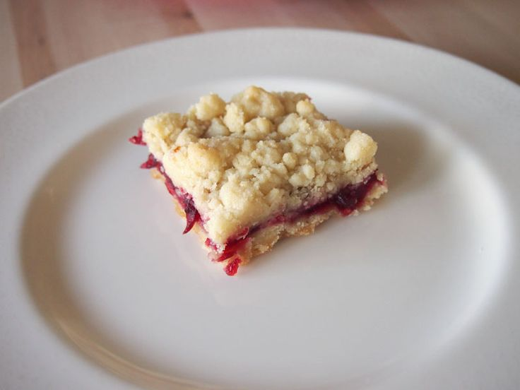 Cranberry Shortbread Bars Make these instead of cranberry sauce for # ...