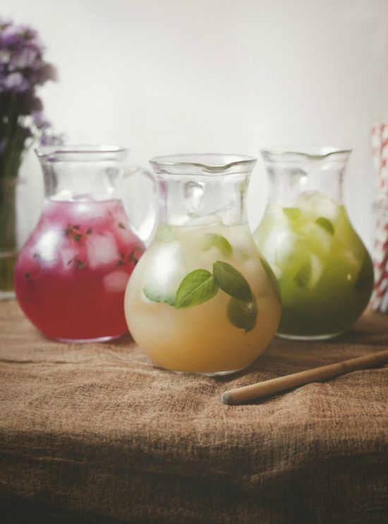 Tea-time in the Summer: Honey lemonade with hibiscus and thyme, peach ...