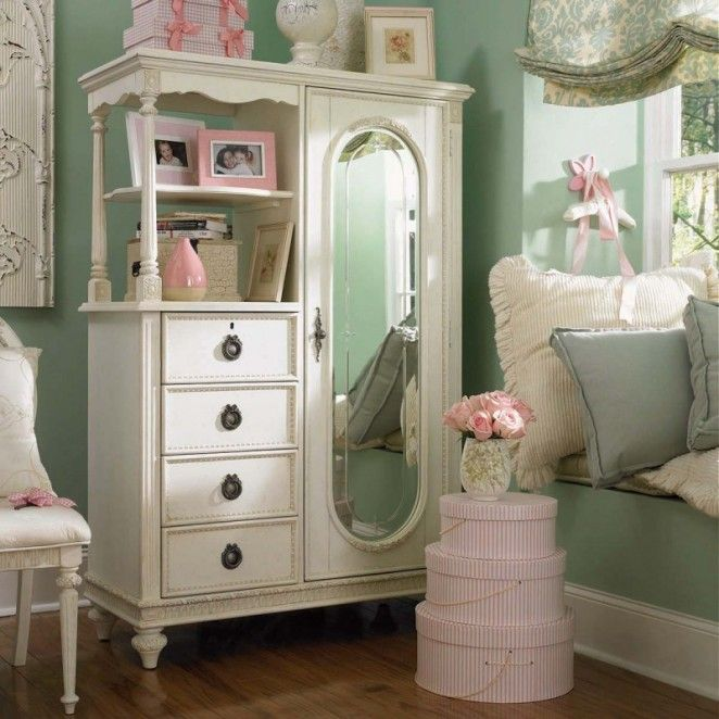 Vintage shabby chic girl 39 s bedroom bedrooms pinterest for Shabby chic bedroom ideas for girls