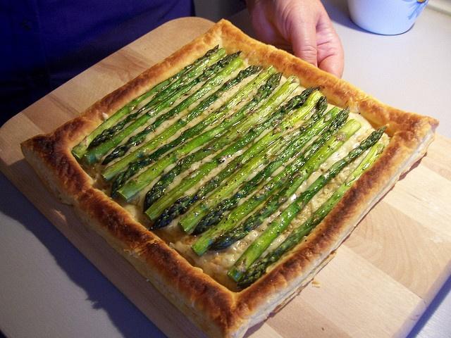 Asparagus Gruyere Tart | Comfort Food | Pinterest
