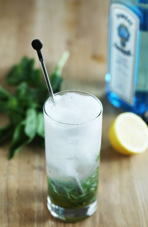 Basil Gin Fizz | Food and Drinkies | Pinterest