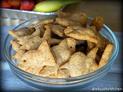 Homemade, whole wheat goldfish crackers | Ideas for the little Sexton ...