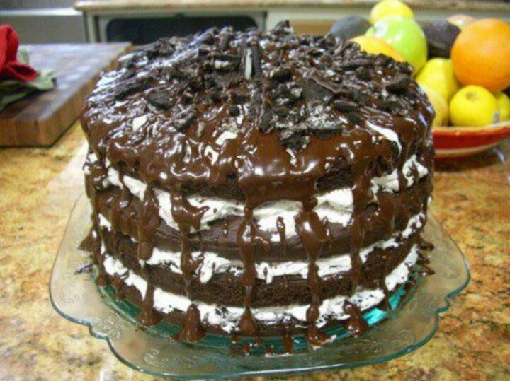 Oreo Cookie Cake @Cassie Zacharias is this it?