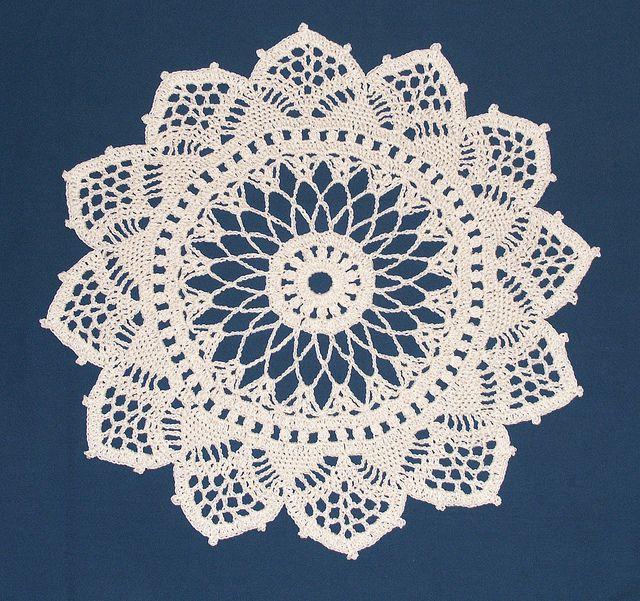 #crochet doily - free pattern Doilies?To?Crochet Pinterest