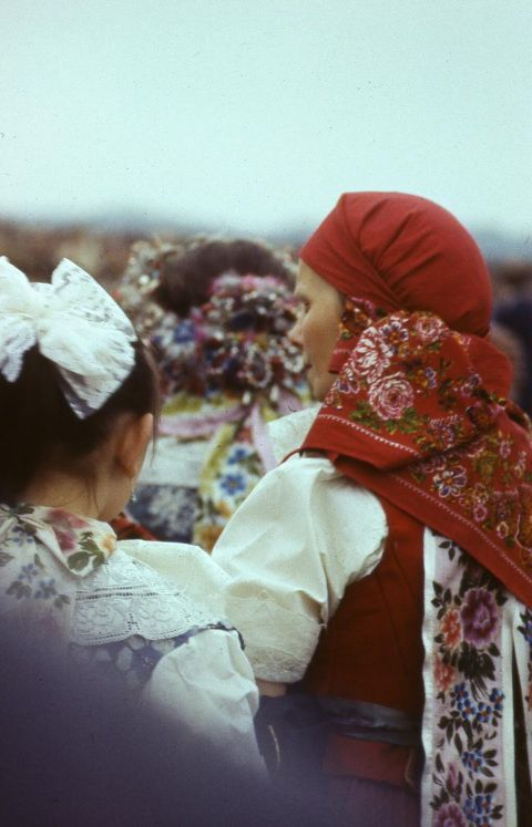 Silesian women in their traditional costumes (Katowice, Poland)