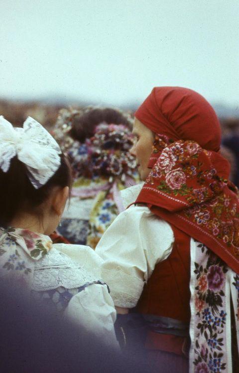 Silesian women in their traditional costumes (Katowice, Poland)