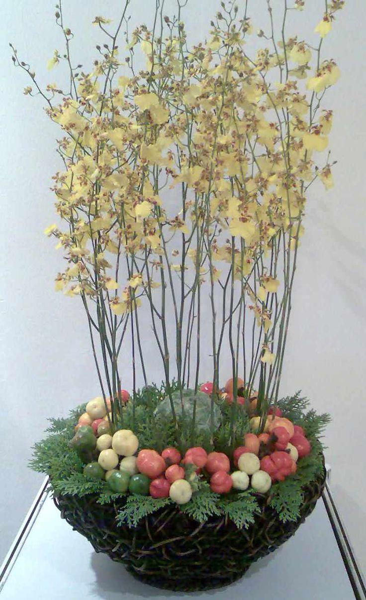 flower arrangements autumn