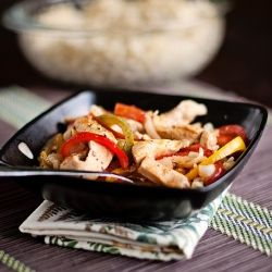 Spicy Thai Chicken and Rice Bowls   e a t s   Pinterest