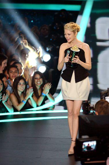 Emma Stone Looking very elegant at the MTV Awards 2012