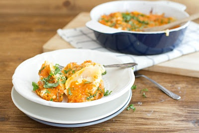 ... white sauce meatballs with ricotta in tomato sauce stuffed shells