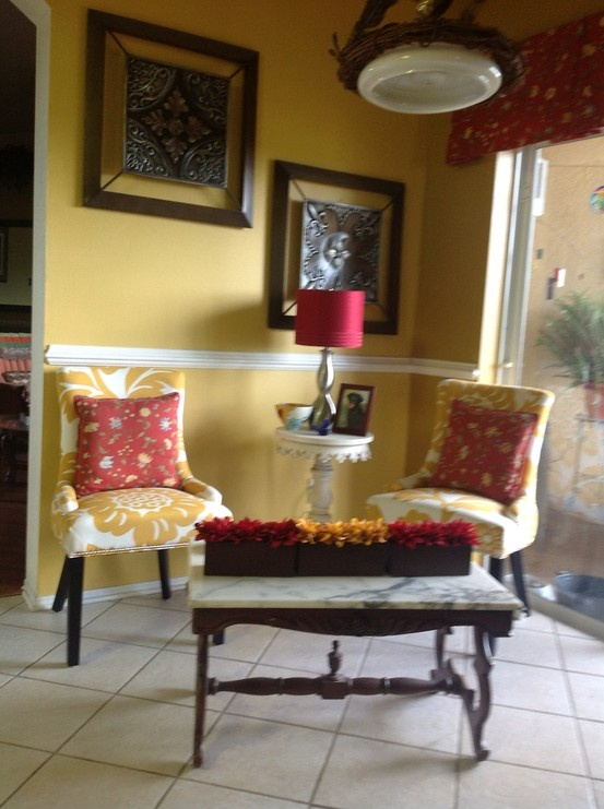 Pin by jodie quillen on kitchen pinterest for Small sitting area ideas