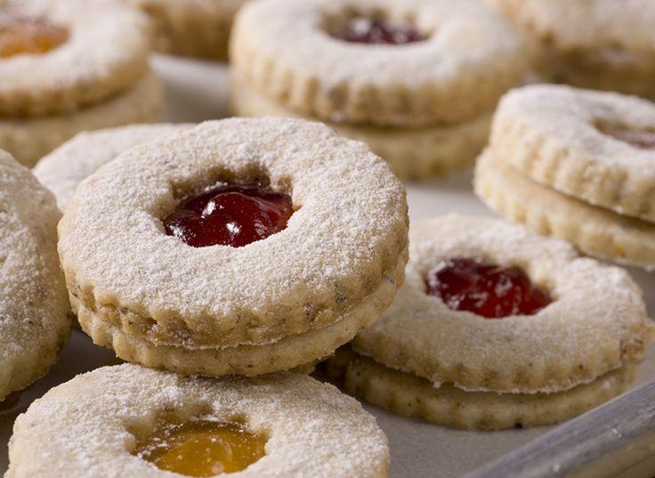 Linzer Cookies cia | cookies | Pinterest