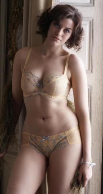 curvylicious girl gurl love them curves you got pinterest
