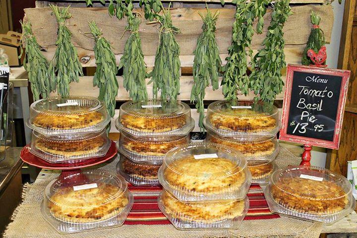 Lisa King's famous tomato basil pie!  #farmkings