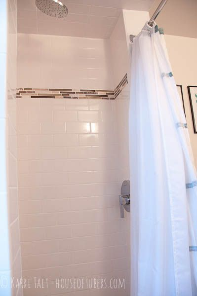 Corner shower with curtain | bathrooms | Pinterest