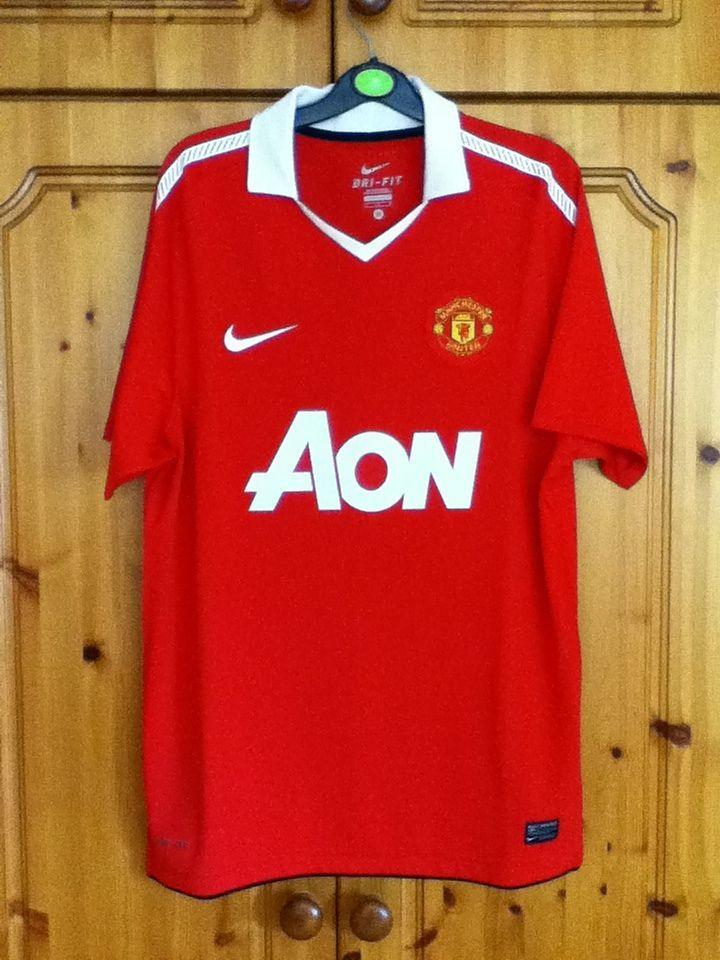 manchester united jersey custom