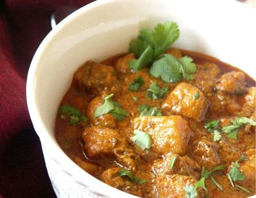 Curried Chicken in Cardamom Infused Coconut Sauce (Cauliflower perhaps ...