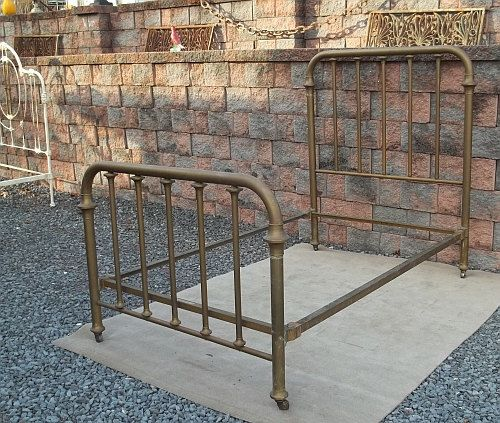 Vintage industrial machine steampunk age brass simmons for Steampunk bed