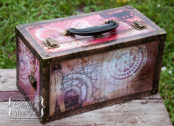 Misted Decoupaged Cargo Case | Tattered Angels Education Team