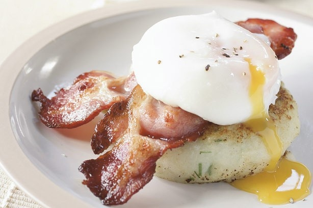 ... this tasty breakfast or brunch recipe of Egg and bacon potato cakes