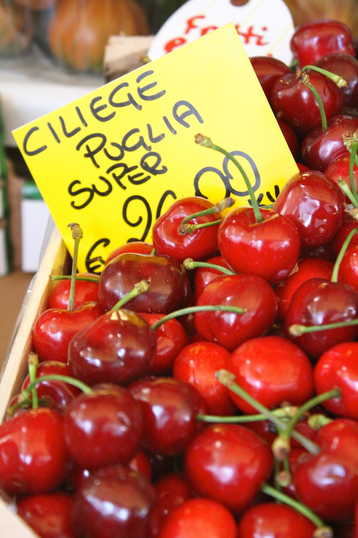 Prezzi Ciliegie - 9 Maggio 2012 - Mercato Comunale di Piazza Wagner ...