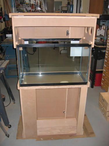 Aquarium stand diy home fishy fish pinterest for Fish tank stand diy