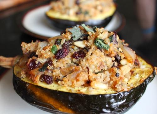 quinoa stuffed acorn squash from healthy crush