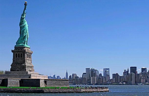 Statue of liberty new york ny famous landmarks pinterest for New york landmarks