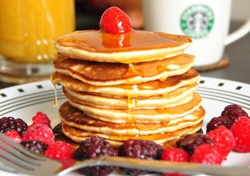 Banana buttermilk pancakes | Food... I am going to gain weight | Pint ...