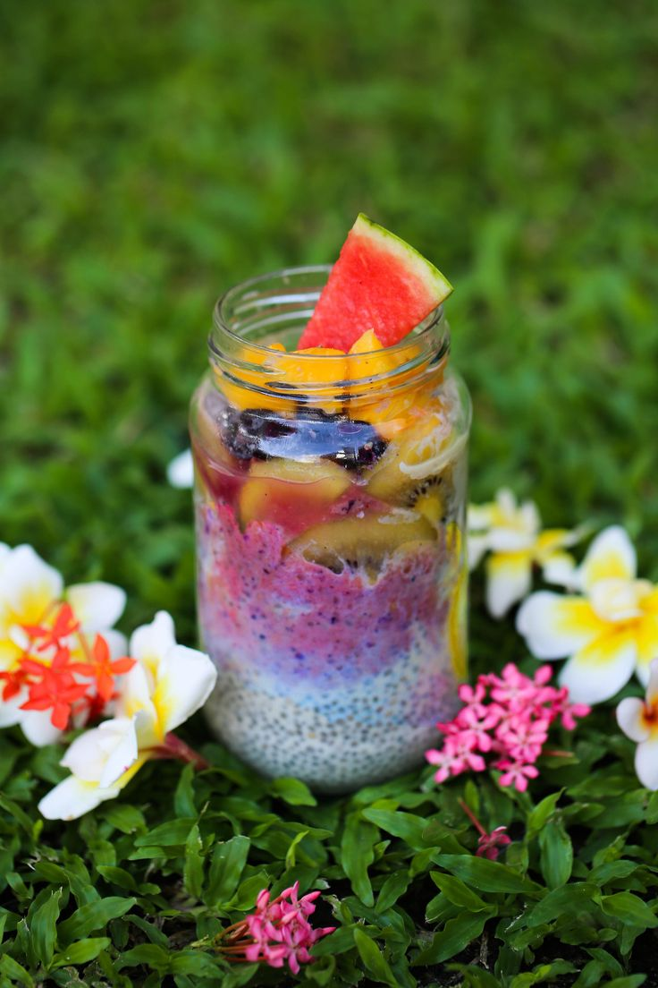 Chia seed pudding parfait with Blueberry Strawberry Banana Smoothie ...