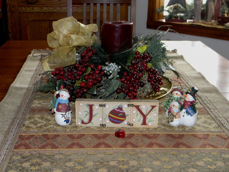 Christmas Dining Room Table Centerpiece Christmas Decorations Pin