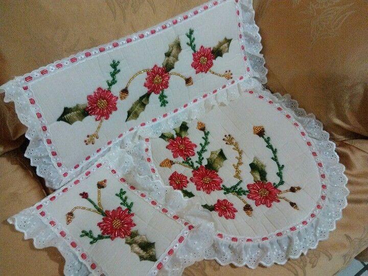 Juegos de baño navideños bordados en liston - Imagui