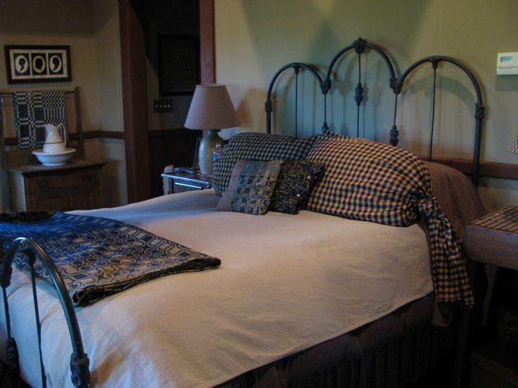 primitive bedrooms primitive bedrooms bedrooms i love pinterest